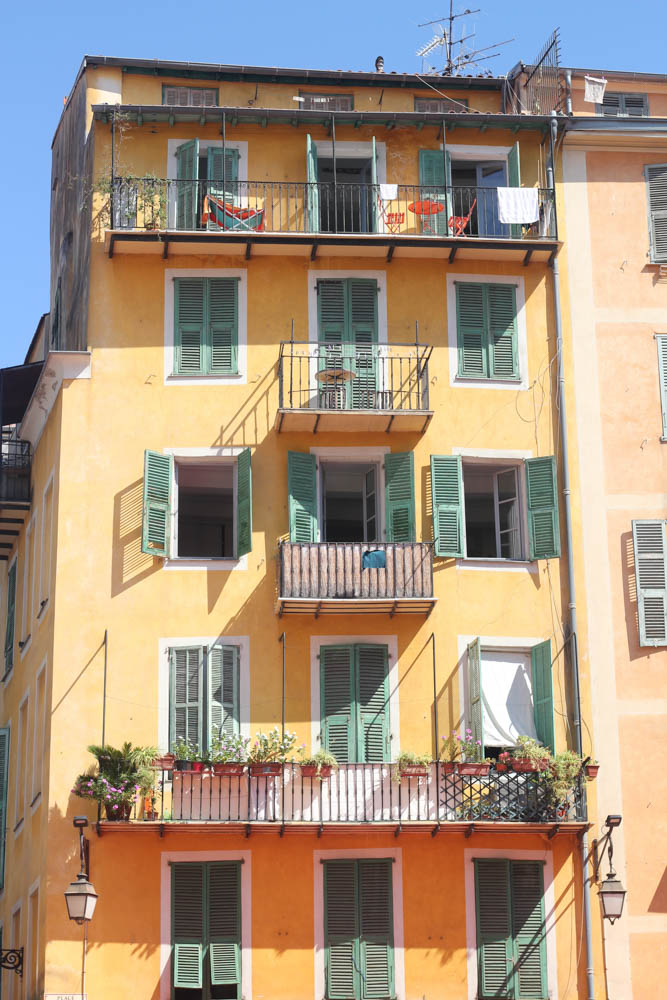 Apartments for rent in Old Town Nice