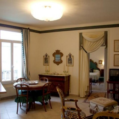 Property for sale in Nice (70) - Negresco Hotel classic two bedroom
