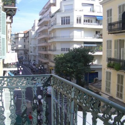 Property for sale in Nice (50) - Large Pied-a-terre on the Pietonne