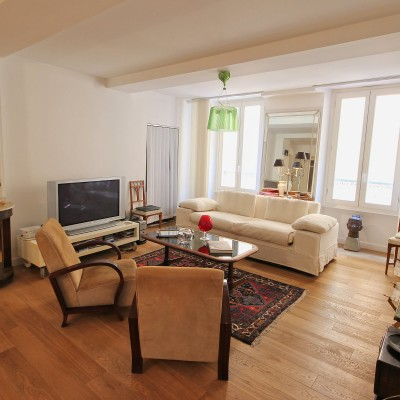 Property for sale in Nice (82) - Beautifully renovated 2-bedroom one minute from the beach