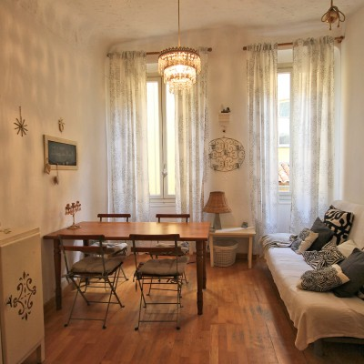 Property for sale in Nice (50) - Cute 2-bedroom quiet but central