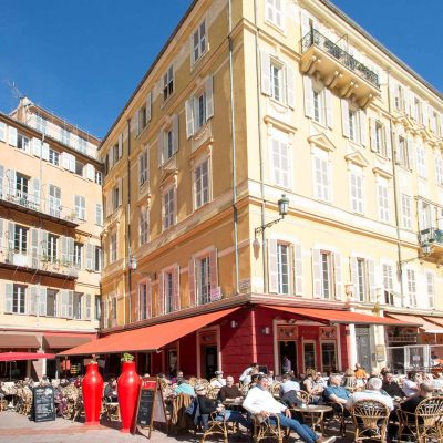 Property for sale in Nice (32) - Apartment with potential off the Cour Saleya