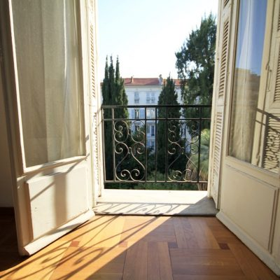 Property for sale in Nice (38) - Sunny one bedroom apartment with balcony in central Nice