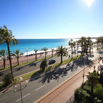 Property for sale in Nice (88) - Stunning three bedroom property with good sized balcony on the sea front