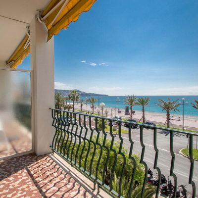 Property for sale in Nice (90) - Large apartment 2nd floor terrace and sea view