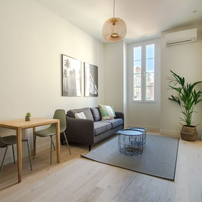 Property for sale in Nice (32) - Beautifully renovated apartment in the center of Nice