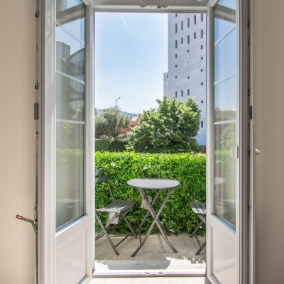 Property for sale in Nice (33) - Apartment with a sunny balcony on the coulée verte