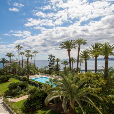 Property for sale in Nice (63) - Mont Boron-Le Port magnificent one bedroom apartment with panoramic view surrounded by a park with swimming pool