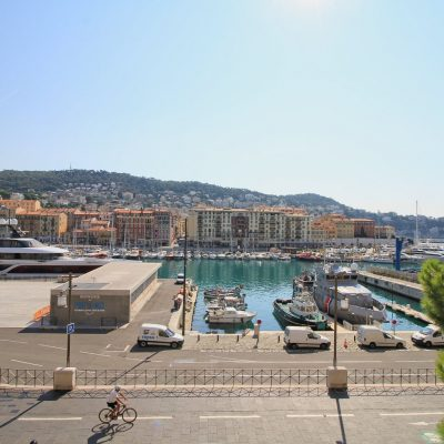 Property for sale in Nice (78) - Pied-a-terre with panoramic Port view