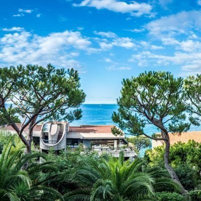 Property for sale in Nice (101) - Luxurious two bedroom apartment with terrace and sea view in the port of Nice