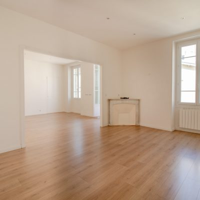 Property for sale in Nice (106) - 106 sqm bourgeois apartment with balcony