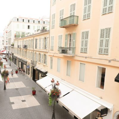 Property for sale in Nice (110) - Two bedroom apartment in prestigious Paradis street