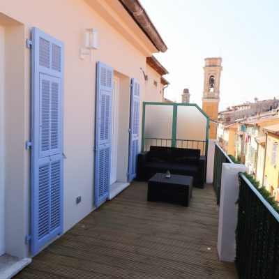 Property for sale in Nice (67) - Top floor two bedroom apartment in the Old town