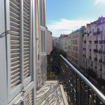 Property for sale in Nice (41) - Perfect holiday home with balcony