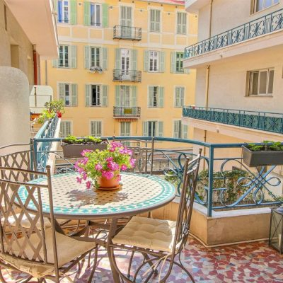 Property for sale in Nice (64.26) - Two bedroom apartment with terrace