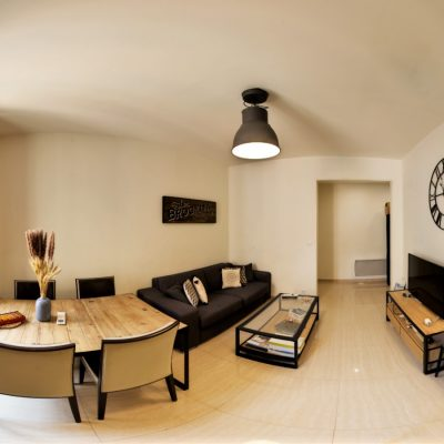 Property for sale in Nice (66) - Two bedroom apartment with lift on Piétonne
