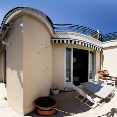 Property for sale in Nice (75) - Two bedroom with terrace in Carré d'Or