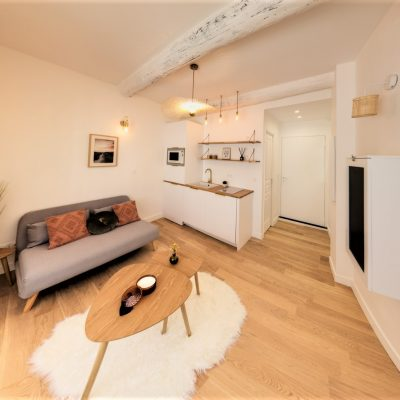 Property for sale in Nice (15) - Newly renovated studio in the heart of the Old Town