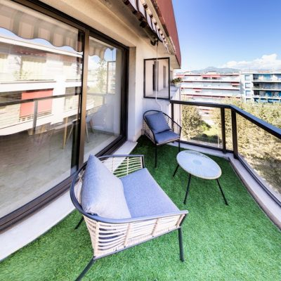 Property for sale in Nice (25) - Cute apartment with large terrace in Carré d'Argent